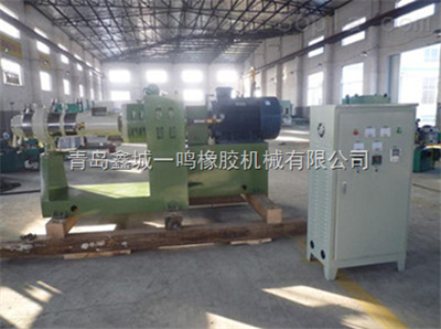 XJ-115鑫城热喂料115橡胶挤出机